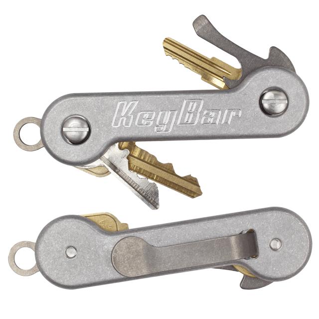 Aluminum-KeyBar-Key-Organizer-EDC-Tool-White-Background