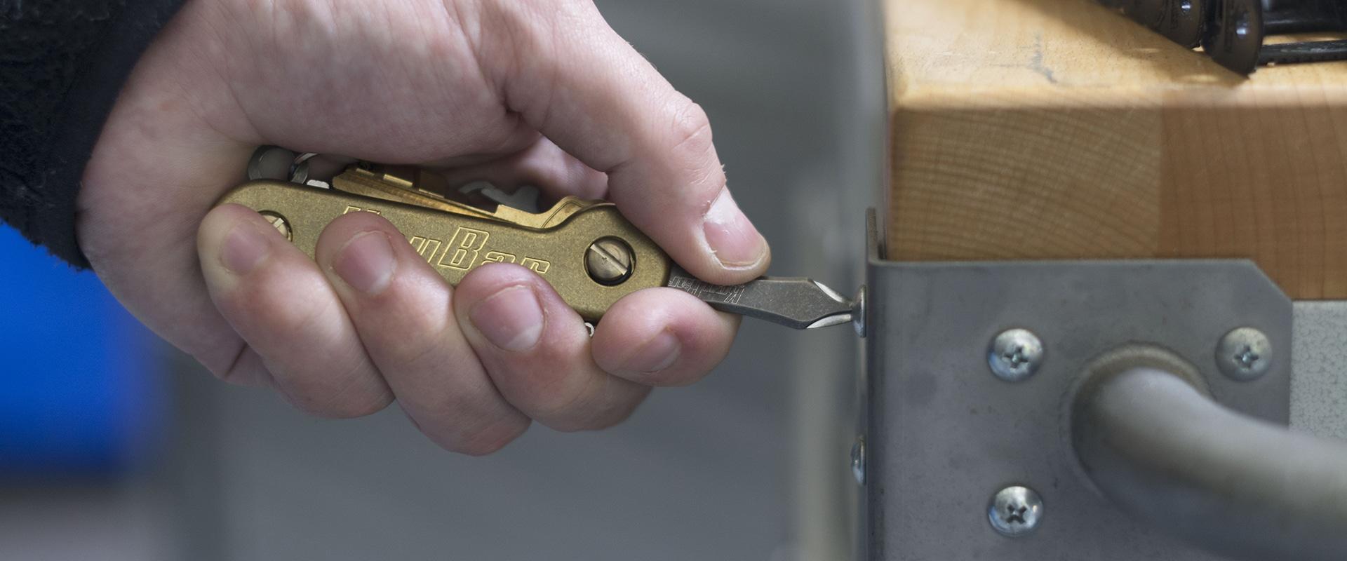 Brass KeyBar with Phillips Head Insert In Use KeyBar Key Organizer EDC Tool v2