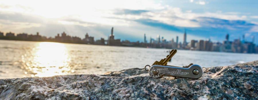 Aluminum Bomber KeyBar Lifestyle Image