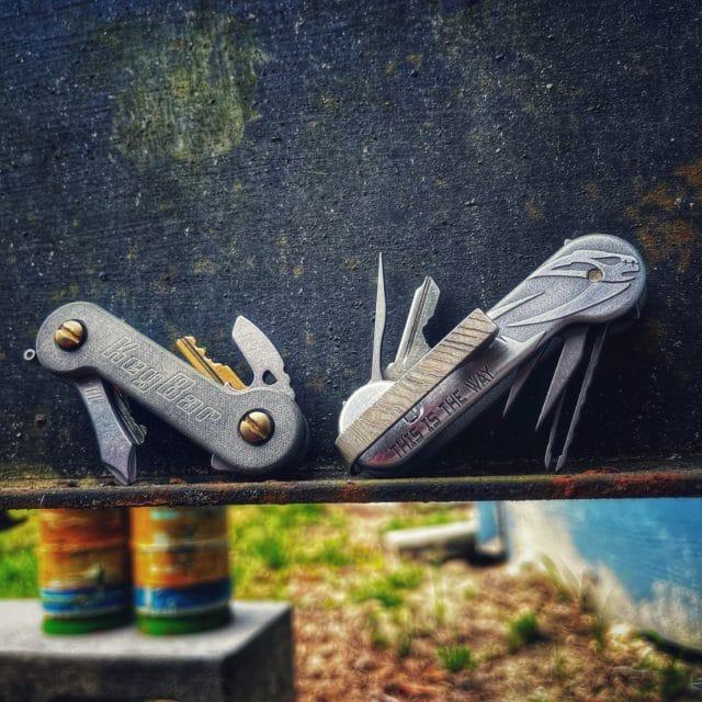Aluminum and Green Linen Micarta Mud Horn KeyBar