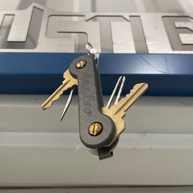 Half-Carved-Carbon Fiber KeyBar Front