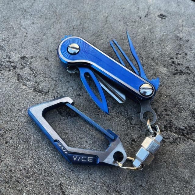 Blue Titanium Morph Spiral KeyBar JR